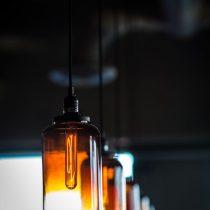 Inred med Gubi lampor